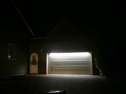 Garage beleuchtet